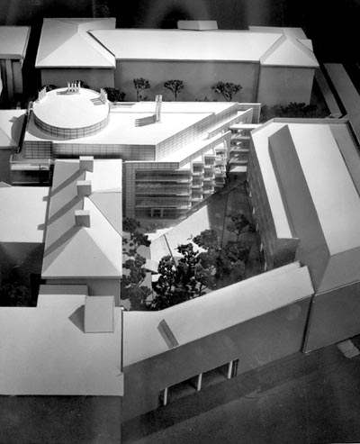 Model of Bauer Life Science Building
