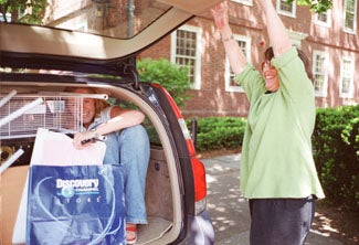 Students moving out of Harvard Yard