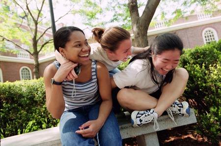 Alyssa Smith (left), Rachel Stein, and Ellen Lee.