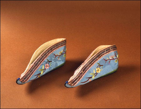'Ladder' lotus shoes