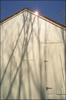 Photo of barn