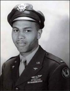 Tuskegee Airman Leahr