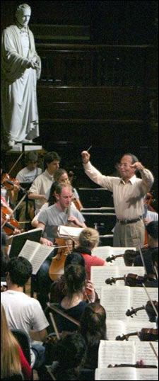 Yannatos conducting