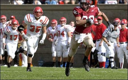 Corey Mazza '07 sprints