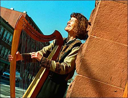 Chamberlain with harp