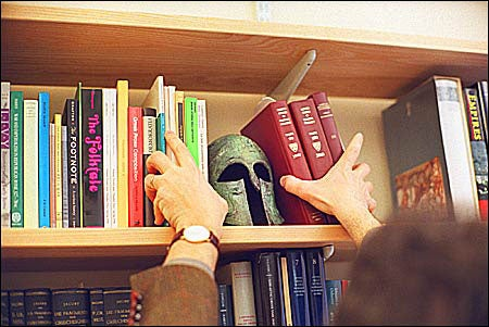 Luraghi with books