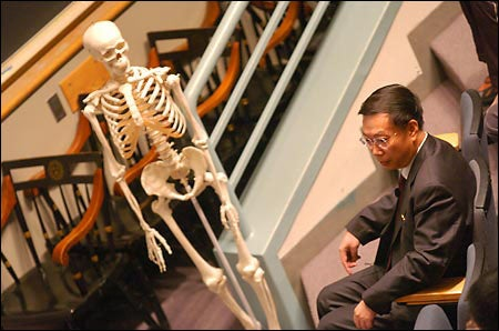 Jiefu Huang