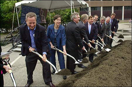 Breaking ground for the Broad Institute