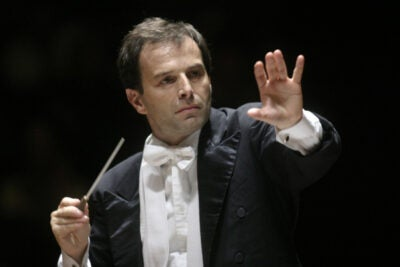 The new conductor of the Harvard-Radcliffe Orchestra Federico Cortese has conducted operatic and symphonic engagements throughout the United States, Australia, Asia, and Europe.