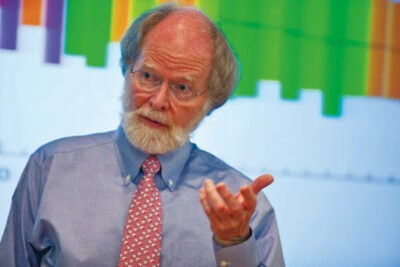 "James McCarthy, Agassiz Professor of Biological Oceanography, shared his research on climate change with school teachers from around the Northeast during a weeklong Harvard workshop ""Oil and the Contemporary Globe."""
