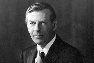 Duesenberry came to Harvard in 1948 as assistant professor of economics and became associate professor in 1953. He received tenure in 1955, and became professor of economics.