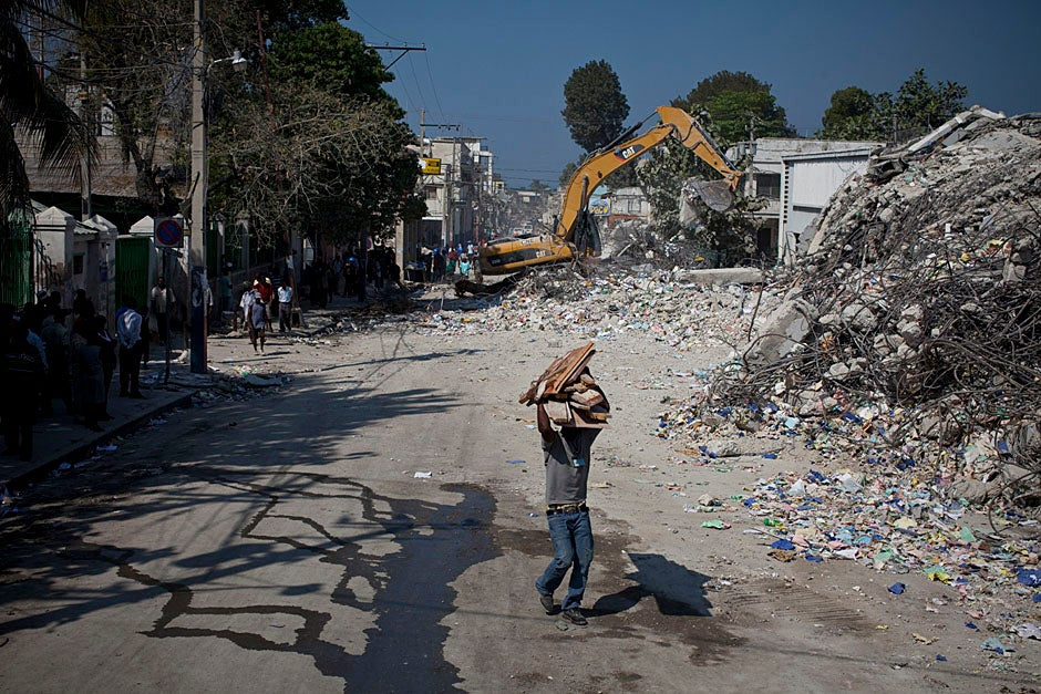 Downtown Port-au-Prince is a wasteland of rubble and buildings waiting to be torn down.   Justin Ide/Harvard Staff Photographer