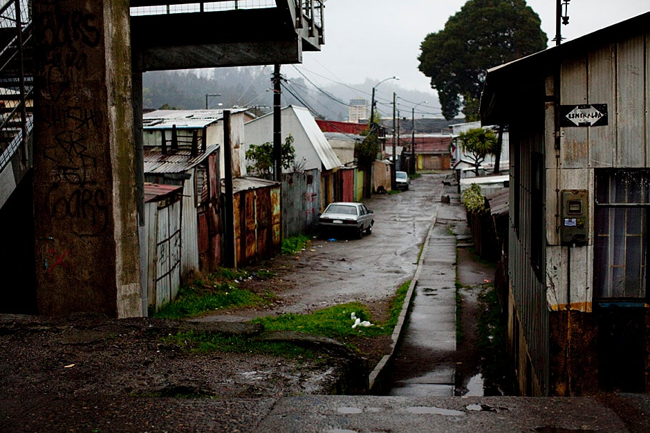 The Bio Bio riverfront in Concepción, a region hit hard by the earthquake, looks foggy and desolate. Stephanie Mitchell/Harvard Staff Photographer