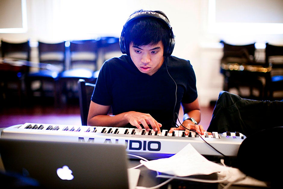 Alastair Su '14 of the musical composition team lays down some tracks. Stephanie Mitchell/Harvard Staff Photographer
