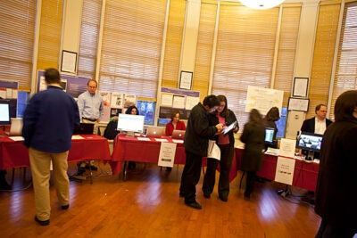 Harvard Libraries and the Derek Bok Center for Teaching and Learning were among the 23 Harvard organizations that participated in the Arts & Humanities and Social Science Digital Technology Fair.