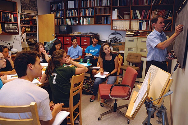 David Cardozo, associate dean for basic graduate studies and assistant professor of neurobiology at Harvard Medical School, teaches students about the human nervous system in Professor David Hubel's class.