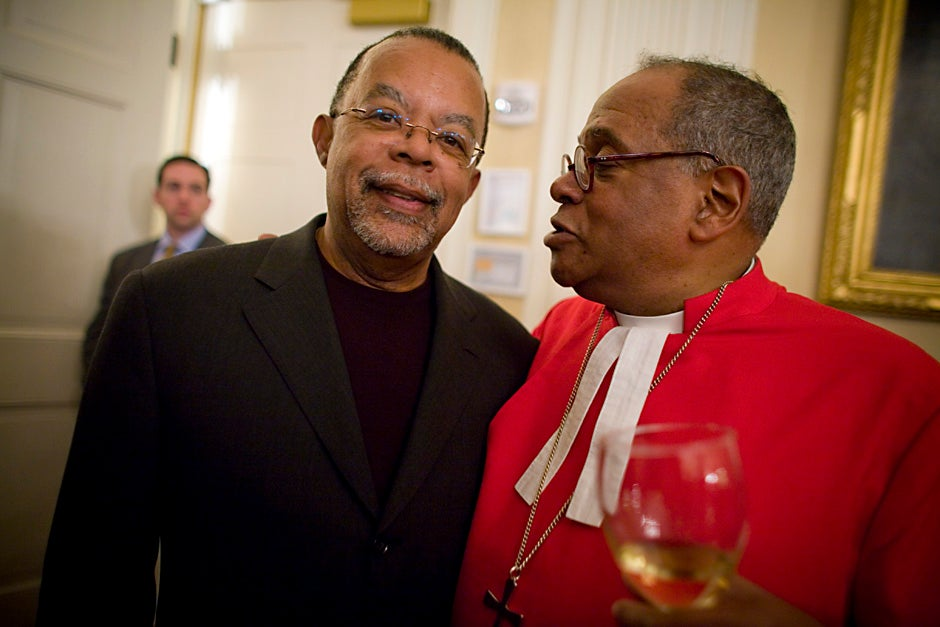"""Harvard Professors Henry Louis """"Skip"""" Gates Jr. (left) and Rev. Peter J. Gomes attend a Loeb House reception following the special convocation for Sen. Edward M. Kennedy in 2008. Justin Ide/Harvard Staff Photographer"""