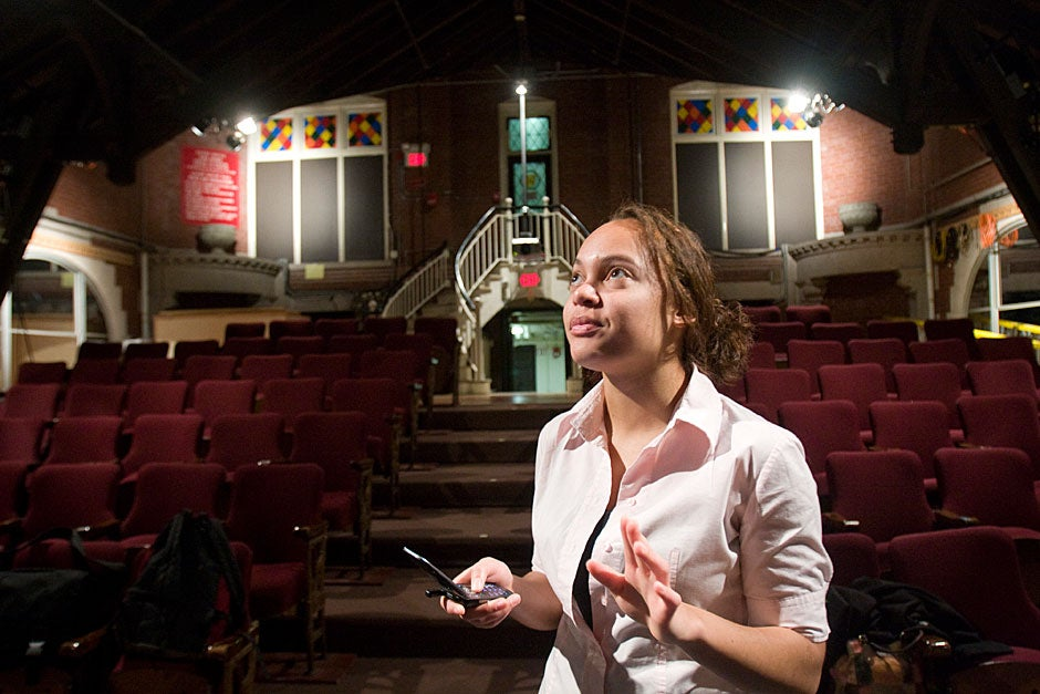 """Renee Ragin '10, co-director of BlackCAST, works on the set of """"The Exonerated."""" Kris Snibbe/Harvard Staff Photographer"""