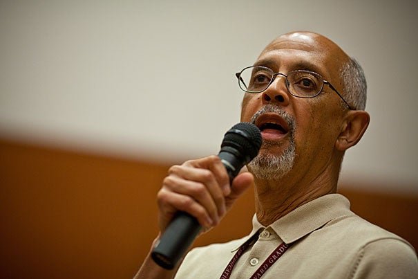 Harvard Graduate School of Education Professor Robert Peterkin took part in a weeklong Harvard Institute for School Leadership program, sponsored by HGSE's Programs in Professional Education. Part of the program's goal was to connect South African school administrators and their collaborators at the University of Johannesburg with Harvard experts on education leadership.