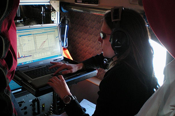 "Jasna Pittman examined real-time measurements of various chemical species while flying over Arctic waters in March 2010. ""Alaska is incredible, absolutely breathtaking. We were there in the wintertime, so you could see all the mountains covered in snow, beautiful blue skies,"" said Pittman, a research associate in atmospheric sciences at Harvard. ""You look out far away, and you see this layer of haze."""