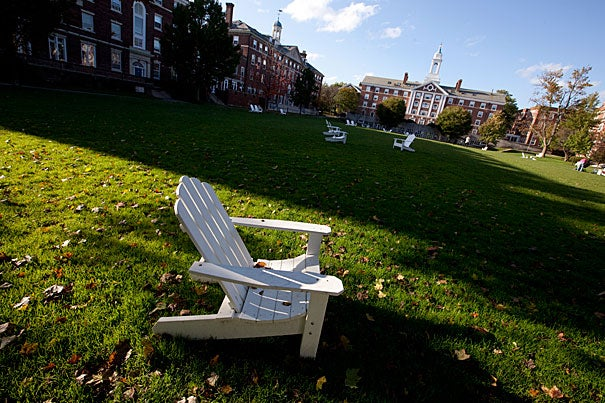 Radcliffe Quadrangle is bordered by Cabot House on three sides and by Pforzheimer House (center). The Quad is about a 12-minute walk, or half a mile, from Harvard Square.