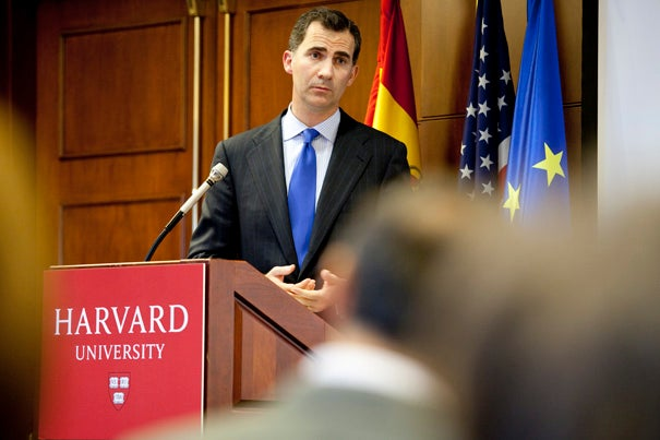 """Crown Prince Felipe made a case for Spain's """"substantial American dimension"""" in a talk at Harvard Kennedy School."""