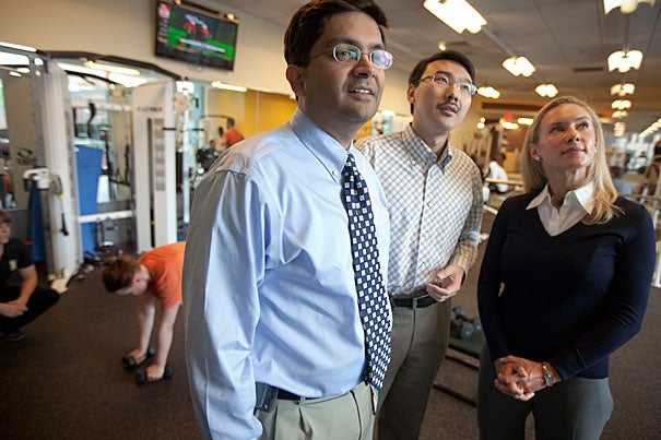 Harvard researchers Abrar Qureshi (from left), Jiali Han, and Hillary Frankel have found that vigorous activity reduced the risk of women developing psoriasis by as much as 25 or 30 percent, compared with the women in the study who exercised least.