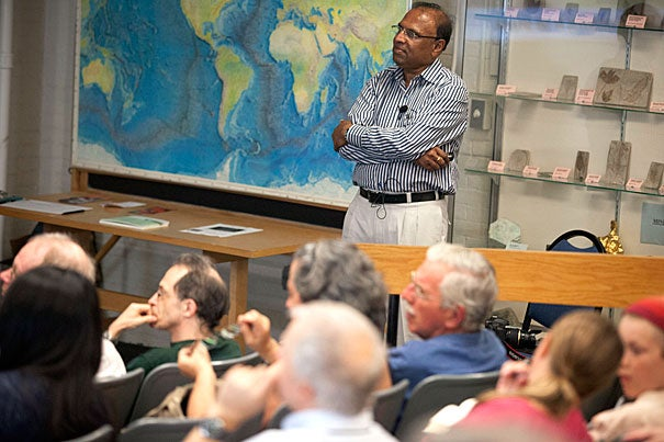 Marashetty Seenappa, a visiting professor at Bangalore University, spoke in a packed Haller Hall in Harvard's Geological Museum building, covering basic spider anatomy, biology, and conservation before fielding questions from the audience.