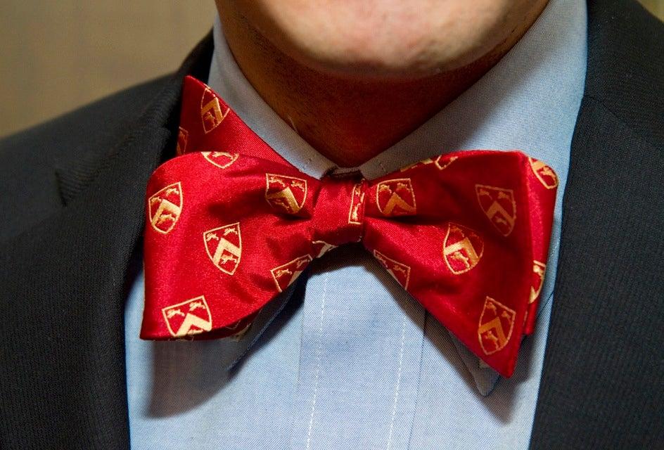 A Leverett bow tie displays House spirit.