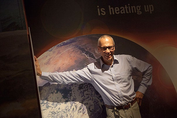 In a talk sponsored by the Harvard University Center for the Environment, Edward Parson, a law professor at the University of California, Los Angeles, discussed the myriad ways nations could combat global warming, such as releasing cooling aerosols.
