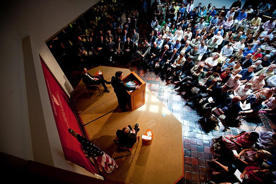 """In 2009, U.S. Secretary of Energy Steven Chu delivered a talk titled """"Laying the Foundation for the Next Generation of Clean Energy Jobs."""" Chu was introduced by Harvard Kennedy School Dean David T. Ellwood and Rep. Edward J. Markey, D-Mass. Rose Lincoln/Harvard Staff Photographer"""