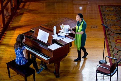 Radcliffe fellow and classically trained pianist Tsitsi Jaji uses her musical expertise and knowledge of comparative literature to explore how composers of African descent set poetry to music for solo voice and piano. She will perform today at 4 p.m. in the Radcliffe Gymnasium.