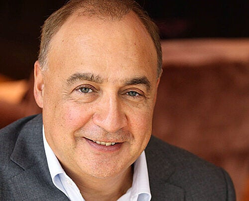 """""""By partnering with Harvard's world-class biomedical research division, I am delighted to help accelerate the development of new therapies,"""" said Len Blavatnik in announcing the $50 million gift from the Blavatnik Family Foundation."""