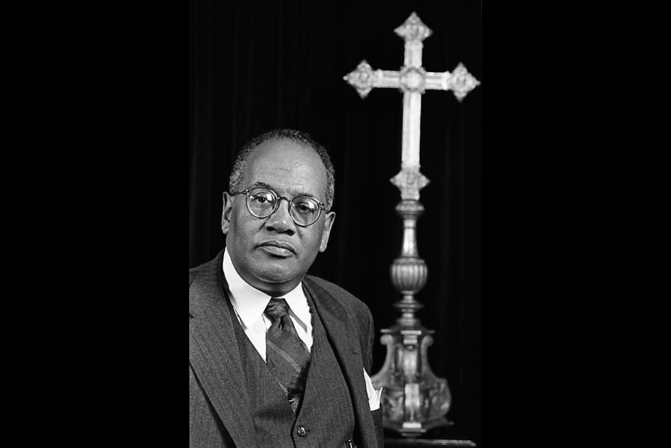 Rev. Peter J. Gomes, Plummer Professor of Christian Morals and Pusey Minister in the Memorial Church, in 1996. Jon Chase/Harvard Staff Photographer