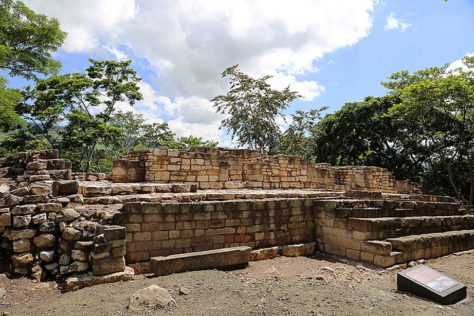 Excavations of Rastrojón's structure 4 indicate the site began to be occupied around the year 300.