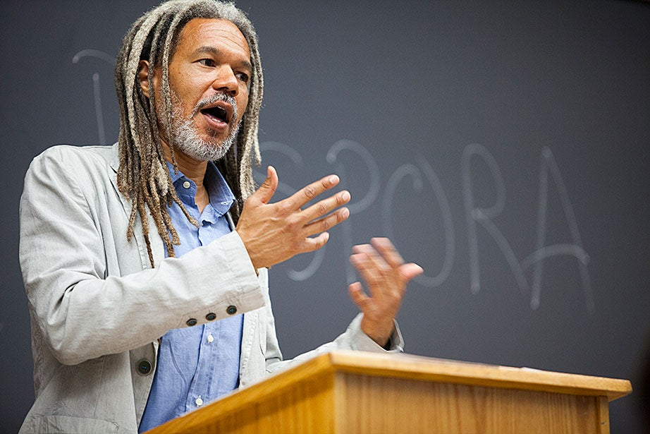 "Charles Warren Professor of American History Vincent Brown teaches ""African Diaspora in the Americas"" in Sever Hall. Stephanie Mitchell/Harvard Staff Photographer"