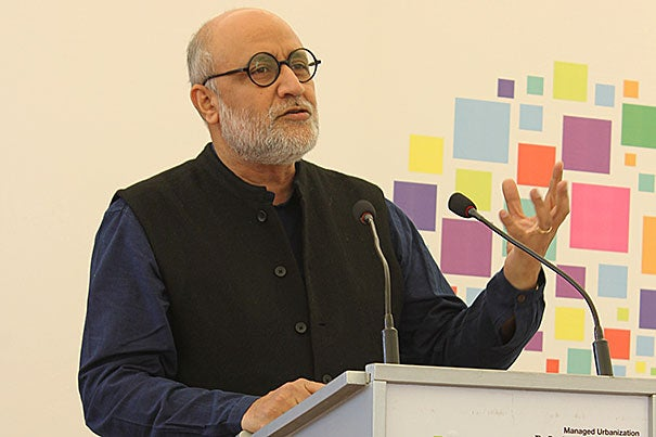 A recent conference focusing on Pakistan brought together urban design professionals, government officials, and academics from across Pakistan and elsewhere in South Asia, including India and Bangladesh. Rahul Mehrotra (pictured), chairman of the Graduate School of Design's Department of Urban Planning and Design, was one of the conference organizers.