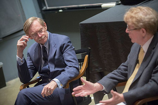 Michael McElroy (right), Harvard's Gilbert Butler Professor of Environmental Studies and chair of the Harvard China Project, spoke with Belfer Center senior fellow and former World Bank President Zoellick. During the exchange, Zoellick outlined several challenges facing China, including its increasing pollution problems.