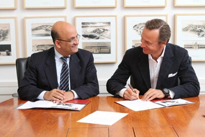 Thanks to a gift from Ernesto Bertarelli (from right), M.B.A. '93, Harvard Business School Dean Nitin Nohria announced the Bertarelli Foundation Health and Life Sciences Entrepreneurship Fund. In recognition of the donor's generosity, the Deans' Challenge prize will be named the Bertarelli Prize.