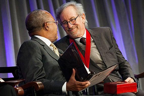 Du Bois Medalspielberg570