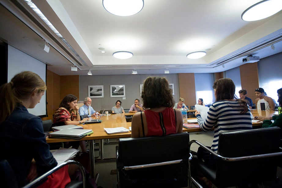 """A view of James McCarthy's """"Environmental Crises, Climate Change, and Population Flight"""" class. Kris Snibbe/Harvard Staff Photographer"""