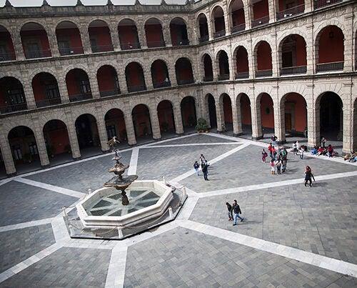 The courtyard at the Palacio Nacional. Stephanie Mitchell/Harvard Staff Photographer