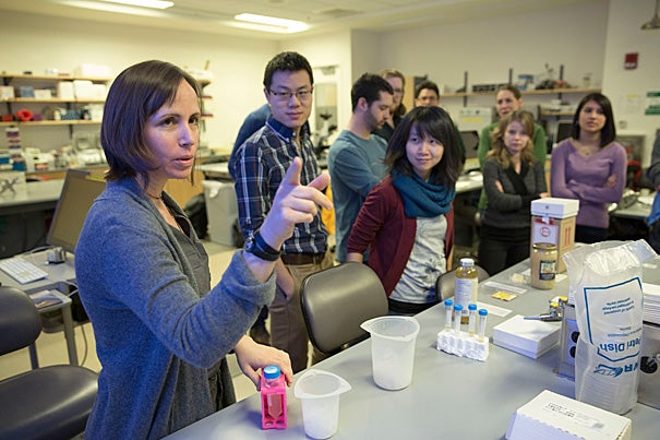 Postdoc Einat Segev (from left) instructed Allen Lin and Yolanda Huang during the three-day microscopy workshop as part of January@GSAS.