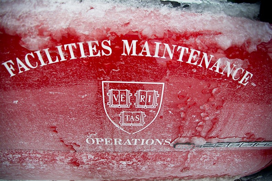 Facilities maintenance crews battle conditions after the blizzard. Rose Lincoln/Harvard Staff Photographer
