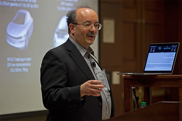 Though the idea of growing the economy and saving money while migrating away from fossil fuels may seem utopian, there are already signs that shift is underway, physicist Amory Lovins told his Kennedy School audience.