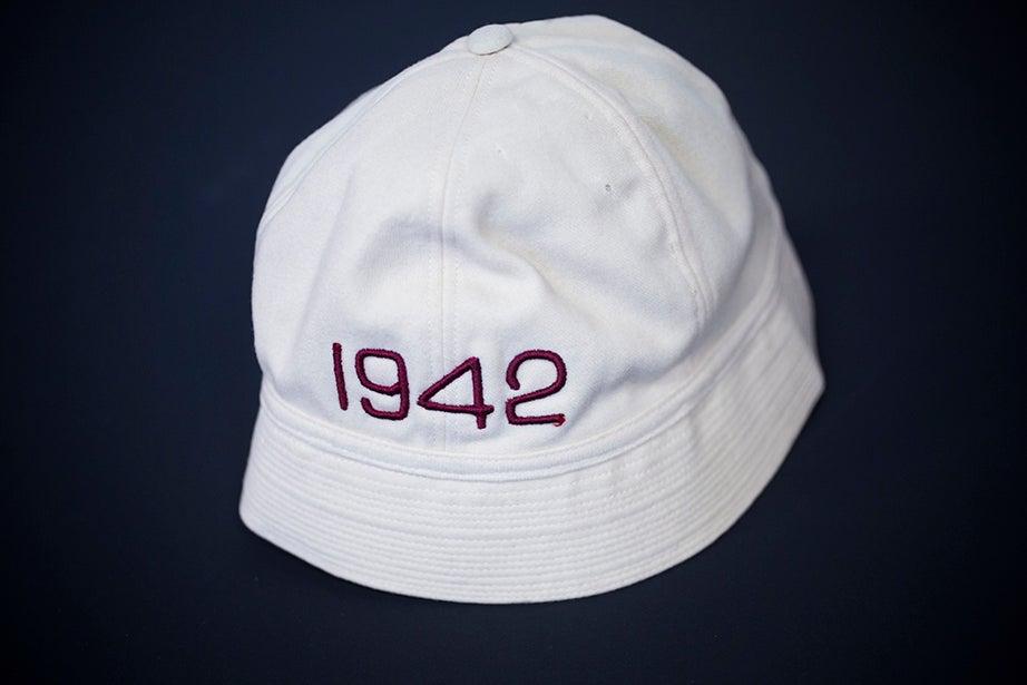 A junior varsity crew hat, 1942. (Harvard University Archives)