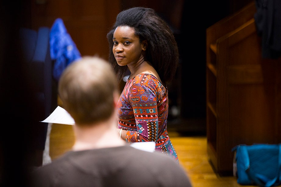 """Matthew Munroe '17 (left) and Alyssa Moore '16 act in a scene from """"ER."""" Stephanie Mitchell/Harvard Staff Photographer"""