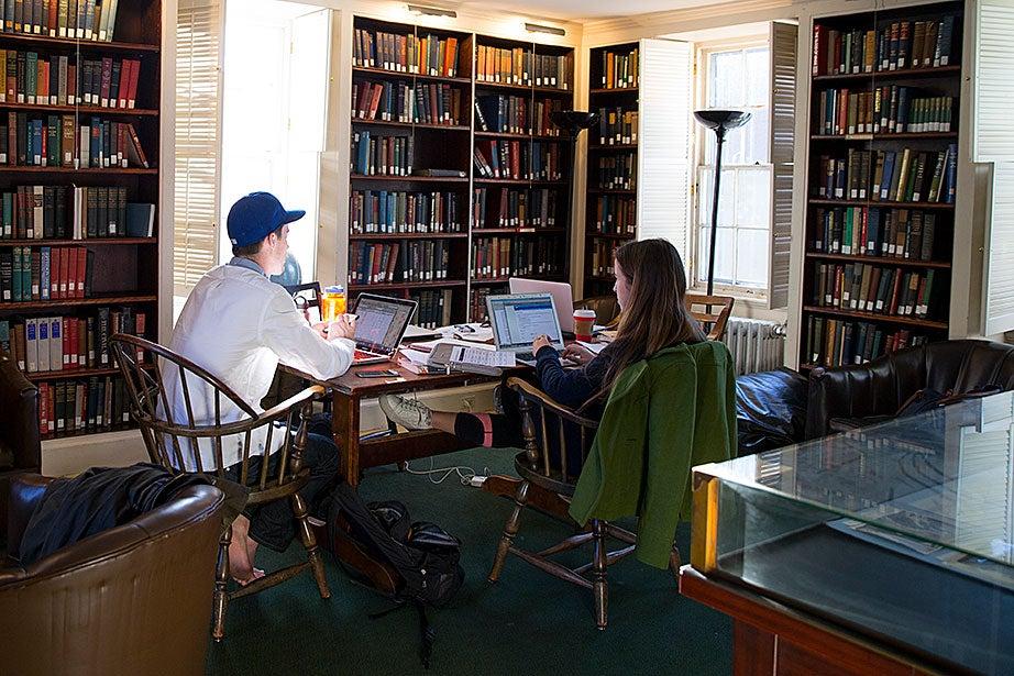Kevin Hornbeck '16 (left) and Lejla Custo '18 study inside Kirkland's John Hicks House.