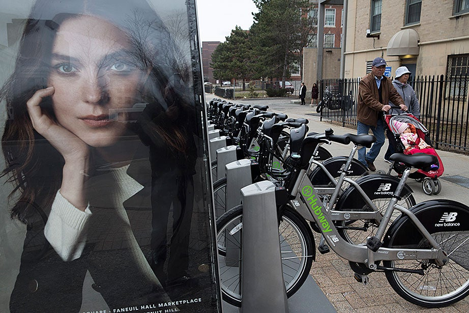A Hubway bike station provides green transportation on the Harvard Medical School campus. It is one of 12 Harvard-sponsored stations in Cambridge and Boston. The University provides a Hubway membership discount to students and staff, and offers a bike expense reimbursement to employees who commute by bicycle.