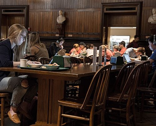Amelia Lamp '19 studying at the Annenberg Dining hall, Harvard University. Photo by Shraddha Gupta